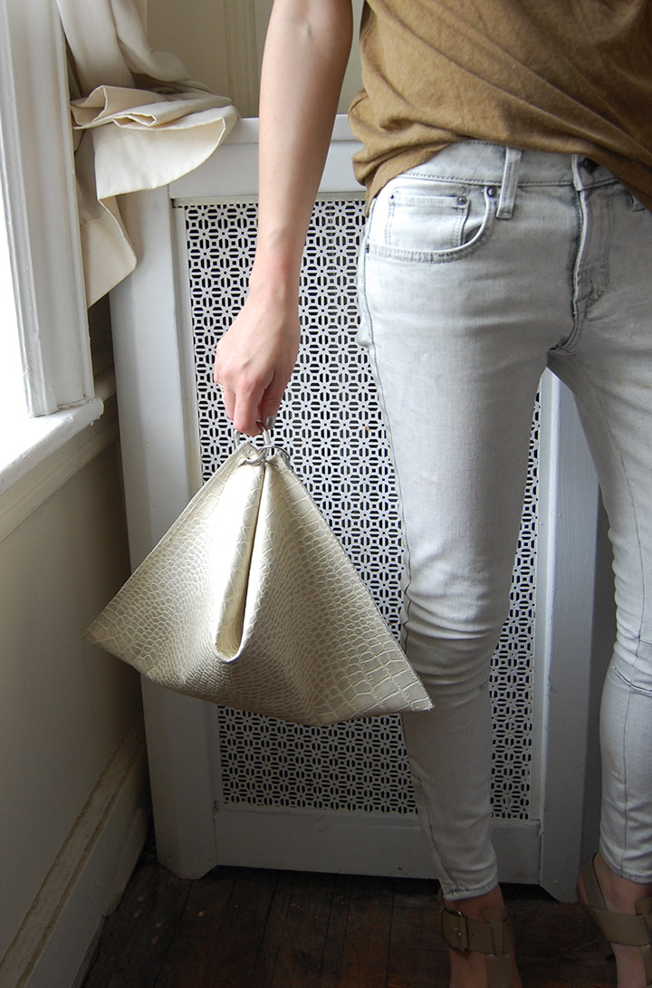 DIY Celine Structured Clutch, How t0, Women's Fashion, Fall 2013, Worn with Helmut Lang Jeans, Chloe Sandals, Raquel Allegra Tee | DeSmitten