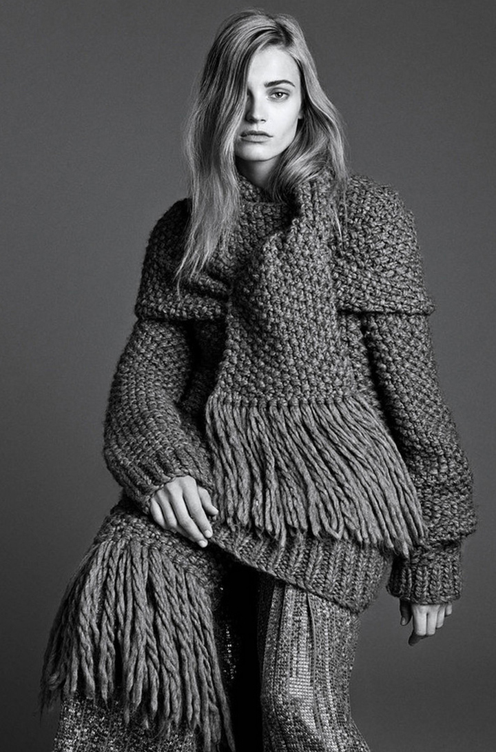 The-Gray-Lady-Anna-Jagodzinska-By-Lachlan-Bailey-For-Wsj-September-2014-desmitten