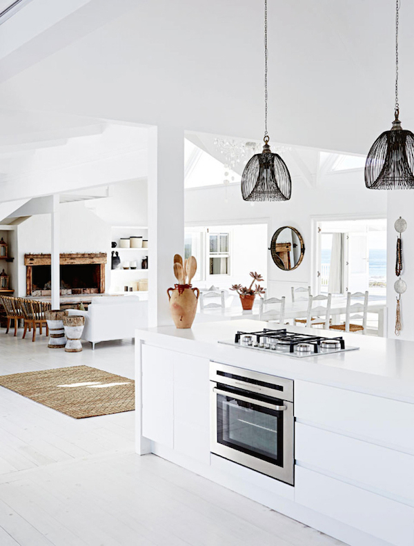 Decor Inspiration A Kitchen To Live In: Interior Inspiration: A Minimalist Beach House