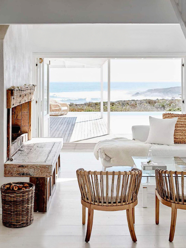 Interior Inspiration A Minimalist Beach House Desmitten